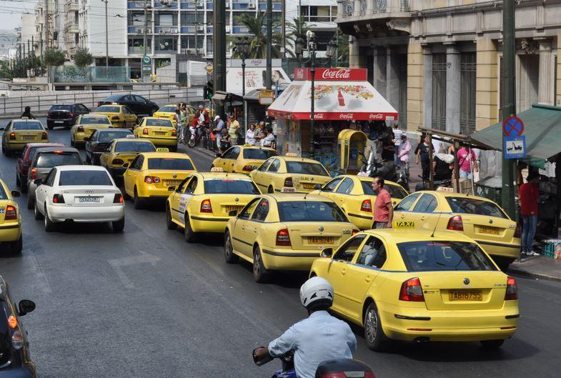Как безопасно пользоваться такси за границей?